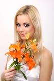 Donna di modo con il fiore Immagini Stock Libere da Diritti