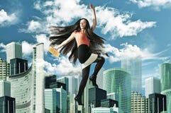 Donna di modo in grande città Immagini Stock