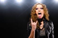 Donna di musica rock Immagini Stock