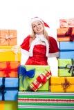 Donna di Natale e molti presente Immagini Stock Libere da Diritti