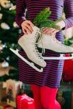 Donna di pattinaggio su ghiaccio Fotografia Stock Libera da Diritti
