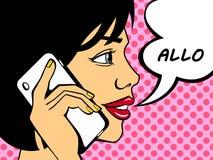 Donna di Pop art che dice ciao sul telefono illustrazione vettoriale