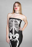 Donna di scheletro del vestito fotografia stock libera da diritti