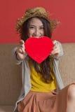 Donna e cuore Fotografia Stock Libera da Diritti