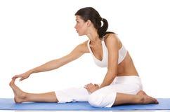 Donna e yoga Fotografie Stock Libere da Diritti