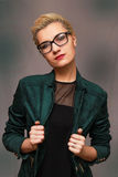 Donna elegante attraente Fotografie Stock