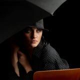 Donna elegante degli anni 30 fotografia stock libera da diritti