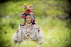 Donna etnica in vestito tradizionale Fotografia Stock Libera da Diritti