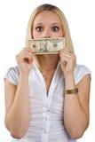 Donna fatta tacere con la fattura del dollaro sulla sua bocca Immagine Stock