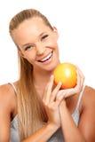 Donna felice con il ritratto della frutta immagini stock