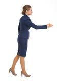 Donna felice di affari che allunga mano per la stretta di mano Immagine Stock Libera da Diritti