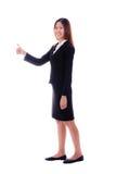 Donna felice di affari che sorride e che dà i pollici su su backg bianco Fotografia Stock Libera da Diritti