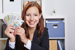 Donna felice di affari con l'euro Fotografia Stock Libera da Diritti