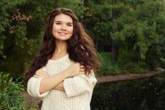 Donna felice di modo nella stagione di autunno Fotografia Stock