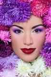 Donna in fiori fotografia stock libera da diritti