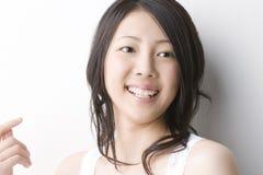 Donna giapponese sorridente Immagini Stock Libere da Diritti