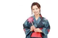 Donna giapponese in vestiti del kimono Fotografie Stock Libere da Diritti