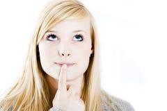 Donna giovane di pensiero Fotografie Stock Libere da Diritti
