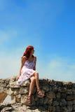 Donna graziosa con capelli rossi Fotografia Stock Libera da Diritti
