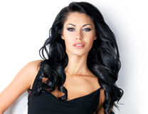 Donna graziosa con i capelli lunghi di bellezza immagini stock libere da diritti