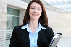 Donna graziosa di affari all'ufficio Immagine Stock Libera da Diritti