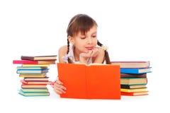 Donna graziosa di smiley con i libri Immagine Stock