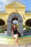 Donna graziosa in st San Cristobal Immagine Stock
