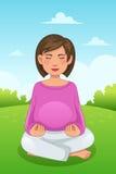 Donna incinta che fa yoga Fotografie Stock