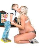 Donna incinta con il figlio Immagini Stock