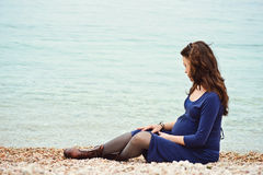 Donna incinta tenera Fotografie Stock Libere da Diritti