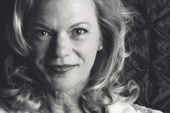 Donna invecchiata centrale Fotografie Stock