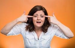 Donna invecchiata mezzo pazzo arrabbiato fotografie stock