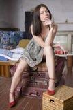 donna lunga dei capelli attraenti del vestito immagini stock