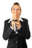 Donna moderna di affari che gode della tazza di caffè Immagine Stock Libera da Diritti