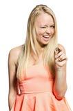 Donna nel colore rosa con la moneta Fotografie Stock Libere da Diritti