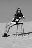 Donna nel concetto dell'editoriale di alta moda Immagini Stock