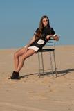 Donna nel concetto dell'editoriale di alta moda Immagine Stock