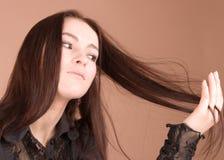 Donna nel nero Fotografie Stock