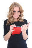 Donna nel nero con il blocchetto per appunti rosso Immagine Stock Libera da Diritti