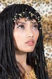 Donna nello stile della Cleopatra Fotografia Stock