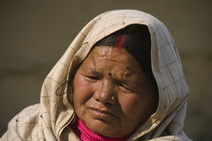 Donna nepalese anziana fotografia stock