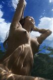 Donna nuda subacquea. Fotografia Stock Libera da Diritti