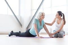 Donna ottimista positiva che gode del suo esercizio fisico Fotografia Stock