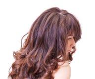 Donna pensierosa con bei capelli Fotografie Stock Libere da Diritti