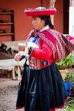 Donna peruviana in Chinchero Fotografia Stock Libera da Diritti