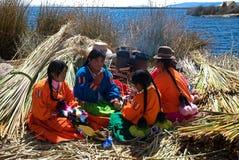 Donna peruviana natale, Titicaca, Perù Fotografie Stock