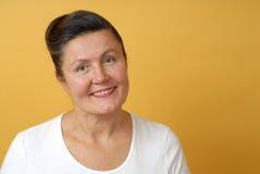Donna più anziana sorridente Fotografia Stock