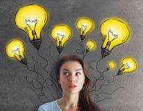 Donna premurosa con le lampade Immagine Stock Libera da Diritti