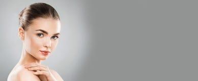 donna retrospettiva di rassegna s del ritratto di secolo di 20 bellezze xx Immagini Stock