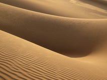 Donna in sabbia Fotografie Stock Libere da Diritti